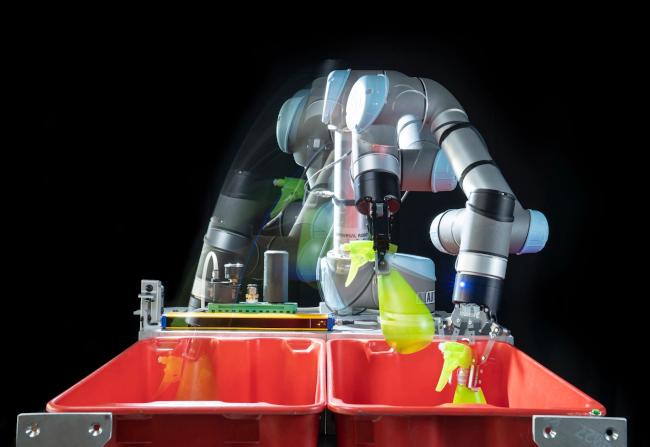 Робототехники из Беркли ускорят работу роботов на товарных складах