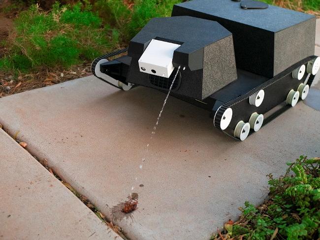 Садовый робот-танк позаботится о всех ваших растениях