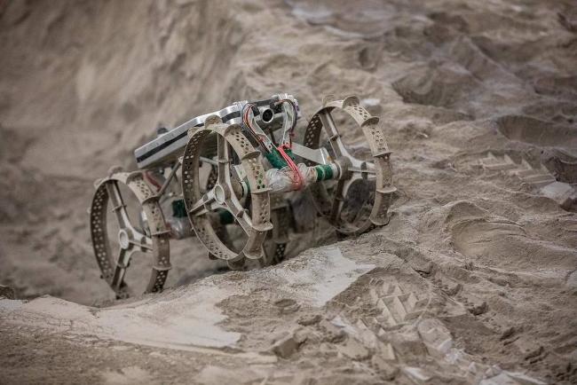 Astrobotic и NASA успешно протестировали маневренность мини-лунохода